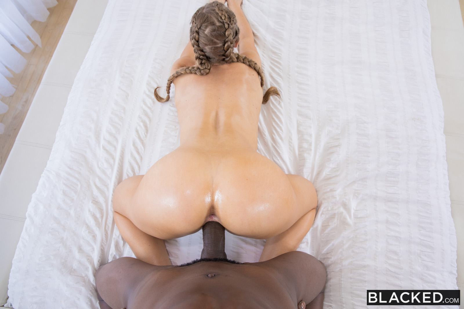 nicole aniston cheats
